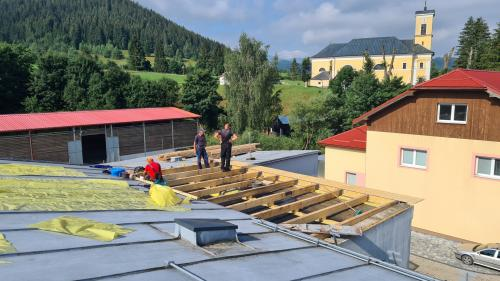 Oprava strechy OcÚ