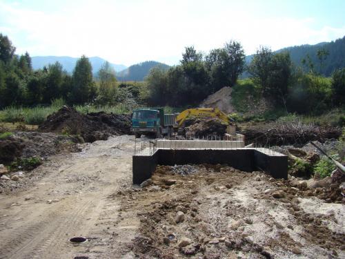 Výstavba mosta pri OcU